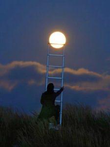 climbing-to-moon